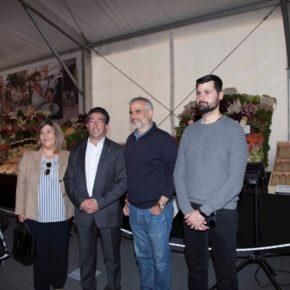 Carlos Carrizona visita la Fira d'Espàrrecs de Gavà
